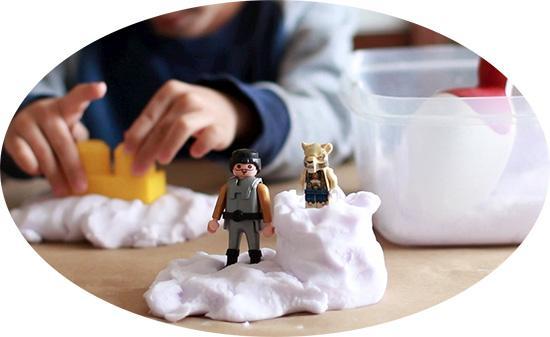 Соду также можно использовать для приготовления кинетического песка