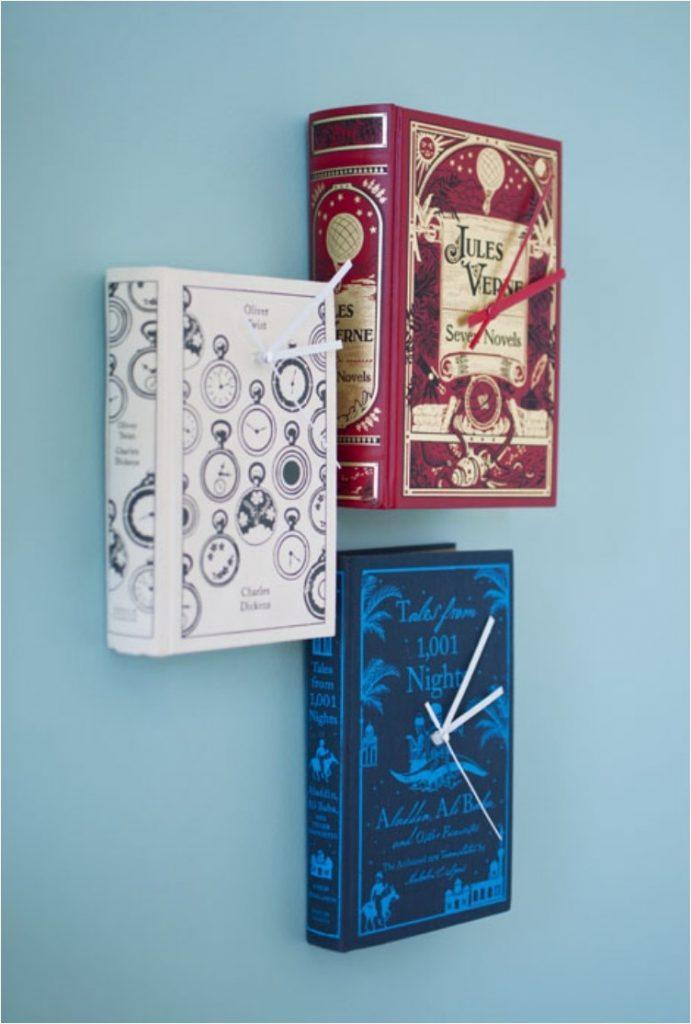 Часы из обычных книг