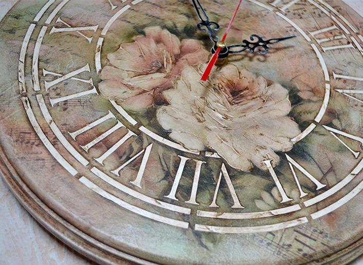 Декупаж настенных часов своими руками