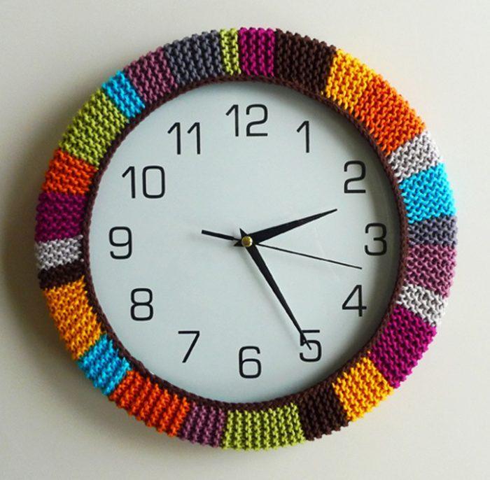 Довольно часто настенные часы делают круглыми