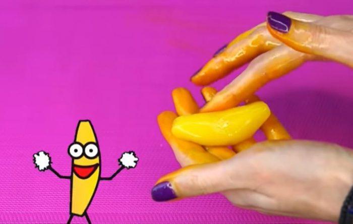 Из массы формируется банан