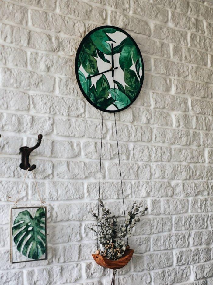 Настенные часы с тропическим декором