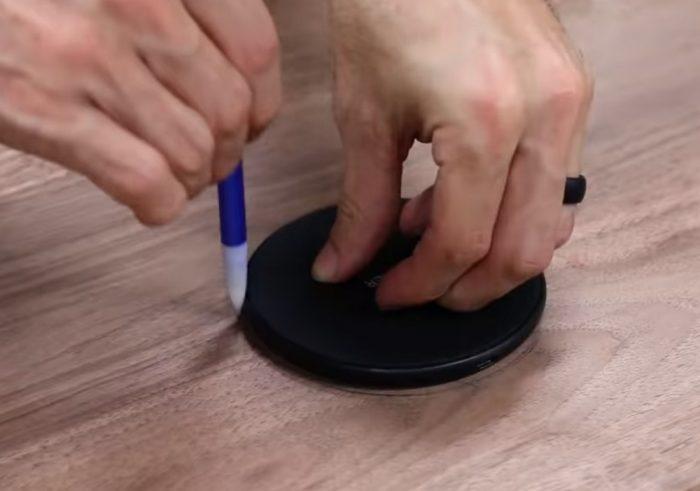 Сначала рисуем контур беспроводной зарядки