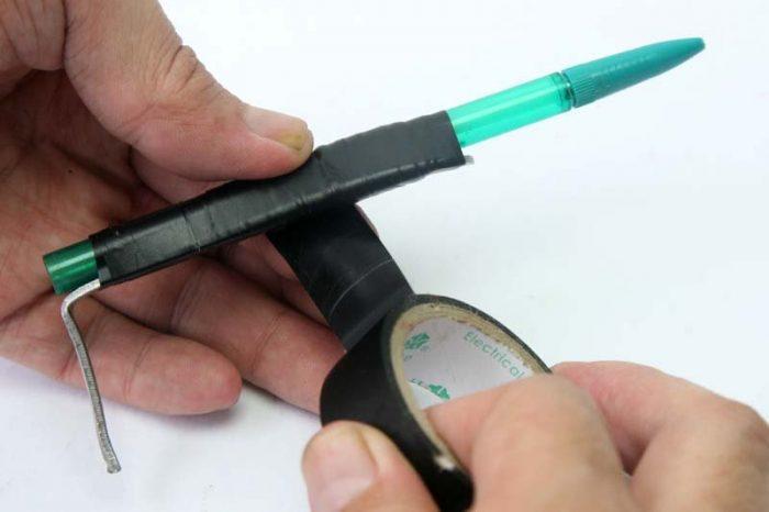 К корпусу приматывается ручка