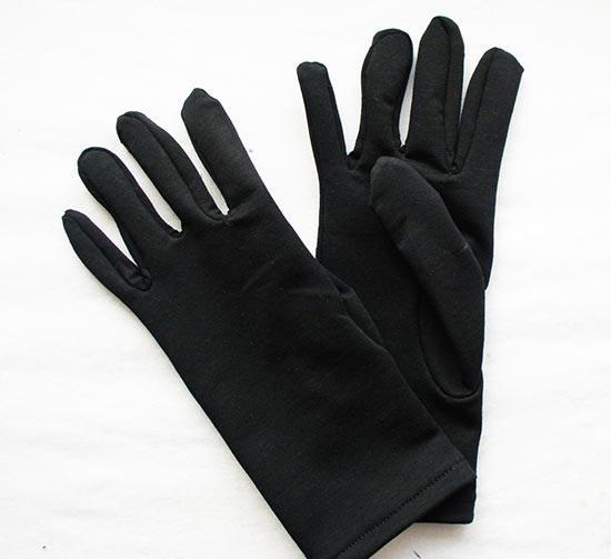 Еще одно фото готовых перчаток