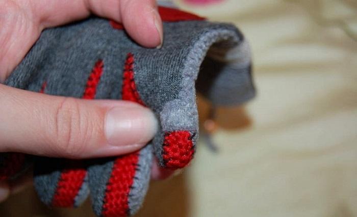Готовые перчатки получились теплыми