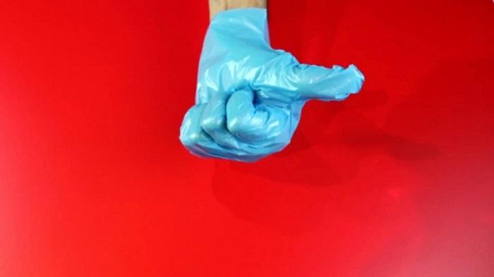 Манжеты делайте достаточно длинными, чтобы защищать рукава одежды от брызг