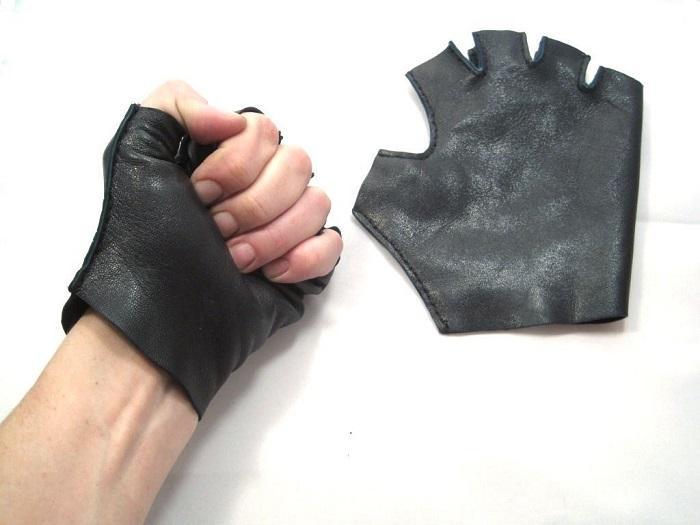Пальцы должны свободно сгибаться