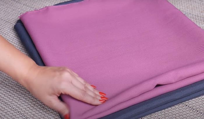 Используется ткань двух цветов