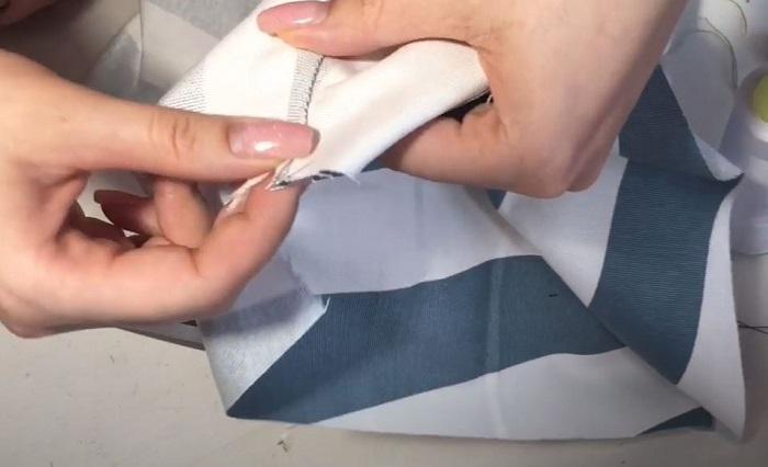 Используйте нитки подходящего цвета