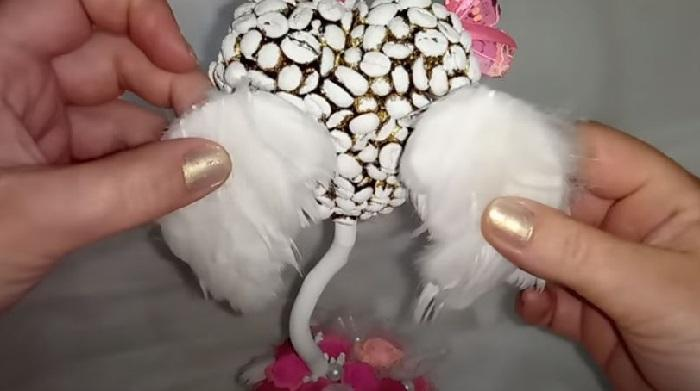 Красивые белые крылышки