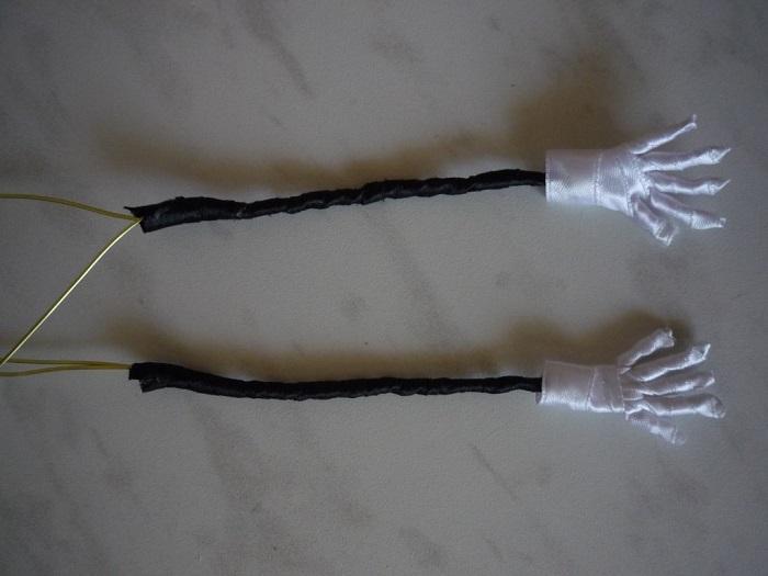 Сделаны рукава и перчатки
