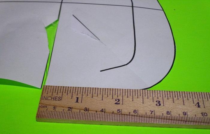 Сделайте треугольный вырез