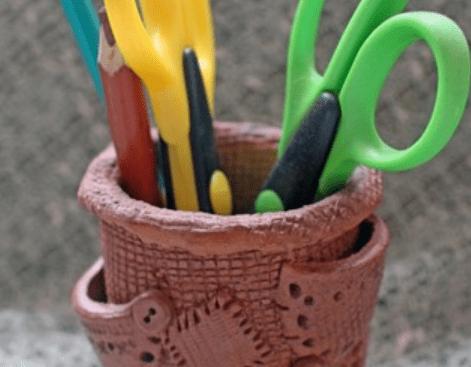 Глиняная карандашница